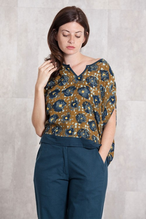 Blouse viscose  digital print-634-11
